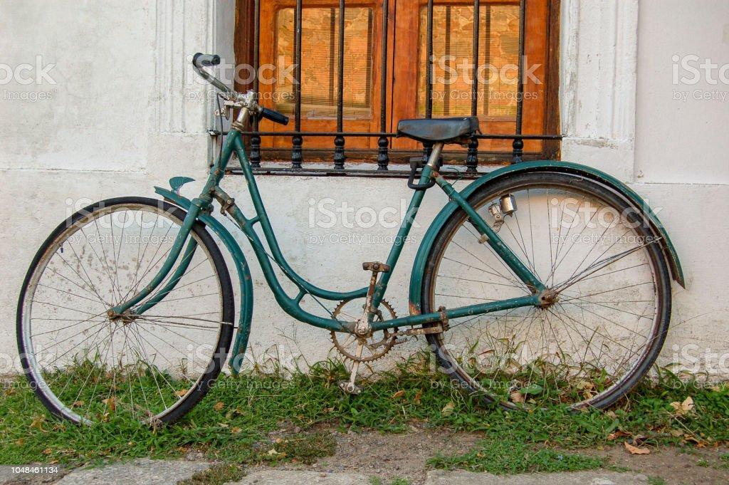 Bicicleta antigua stock photo