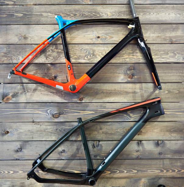 marcos de la bicicleta - bastidor de la bicicleta fotografías e imágenes de stock
