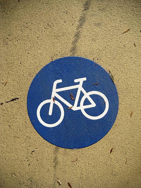 Fahrrad-Symbol auf street – Foto