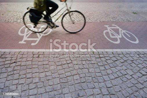 667005568 istock photo Bicycle in Bike lane 175589694