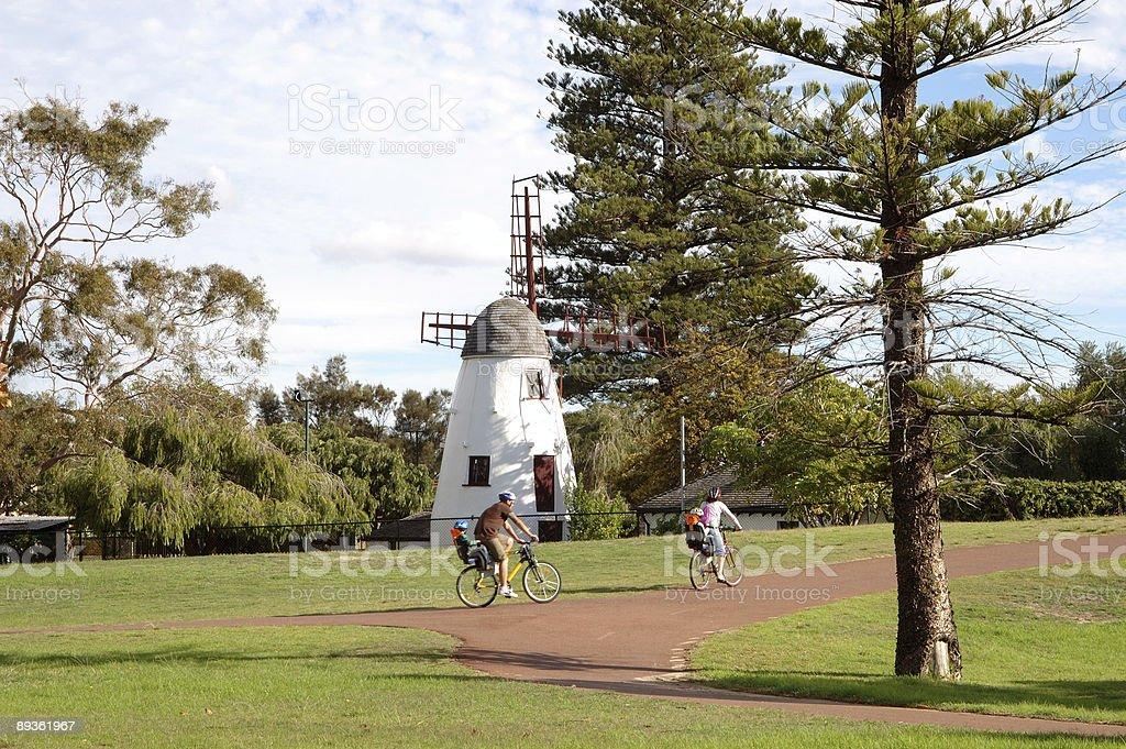 Bicycle Ride with Mum and Dad. royaltyfri bildbanksbilder
