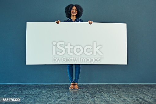 istock Big banner for a big message 863476300
