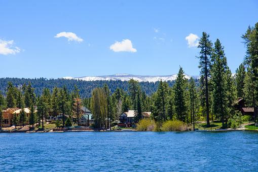 Lake and landscape in Big Bear Lake, California, USA