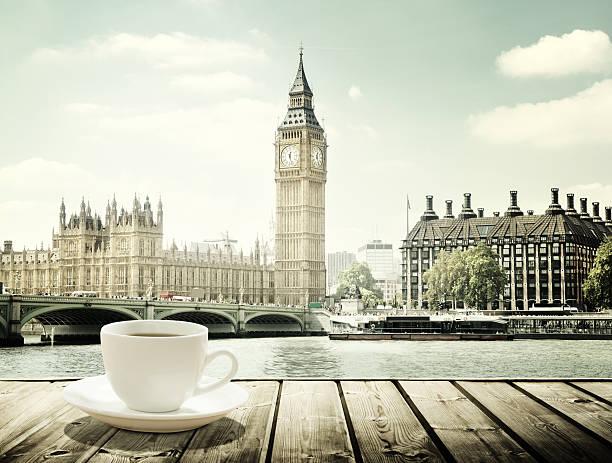 Big Ben und eine Tasse Kaffee, London, GB – Foto
