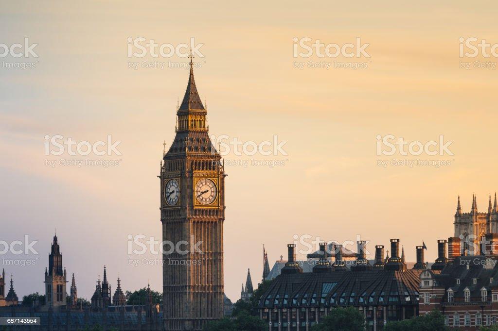 Big Ben bei Sonnenuntergang – Foto