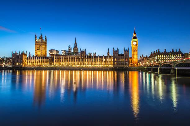 биг-бен - вестминстер лондон стоковые фото и изображения