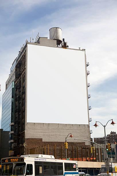 big billboard - 垂直構圖 個照片及圖片檔