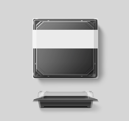 istock Big blank plastic disposable food container mockup, transparent lid, isolated, 586693060