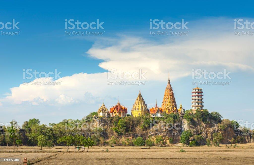 Big Buddha temple, Wat Tham Suea, sur le Mont Kanchanaburi Thaïlande photo libre de droits