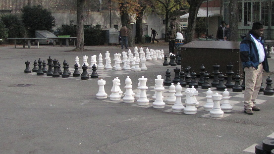 Big Chessboards in the Streets of Geneva