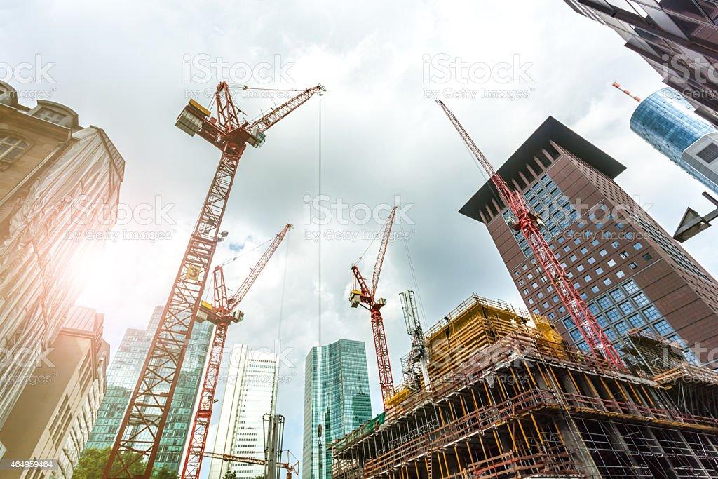 Große Baustelle in Frankfurt mit Sonnenlicht - Lizenzfrei 2015 Stock-Foto