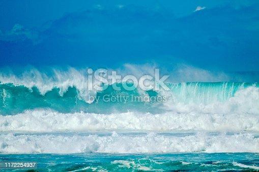 Big Crashing Waves with Vibrant Blue pantone