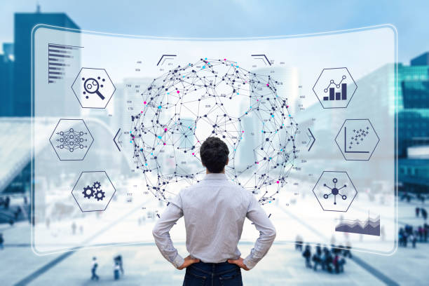технология визуализации анализа больших данных с ученым, анализирующий информационную структуру на экране с помощью машинного обучения д� - понятия и темы стоковые фото и изображения
