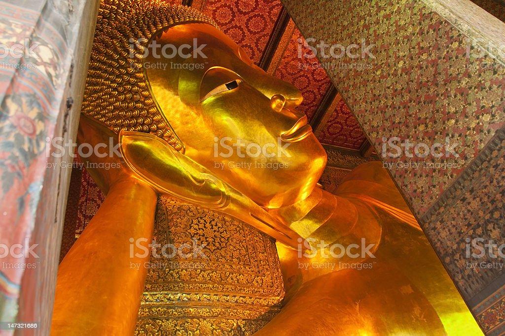 Big Golden Leżący Budda zbiór zdjęć royalty-free