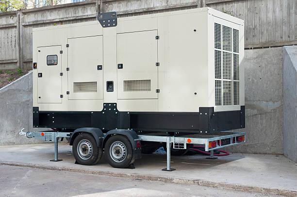 grandes de respaldo industrial generador de edificio de oficinas - generadores fotografías e imágenes de stock