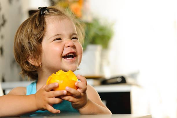 big laught - pesche bambino foto e immagini stock