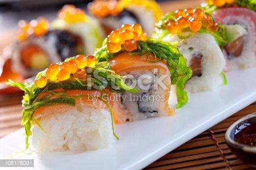 istock Big maki sushi 108178091