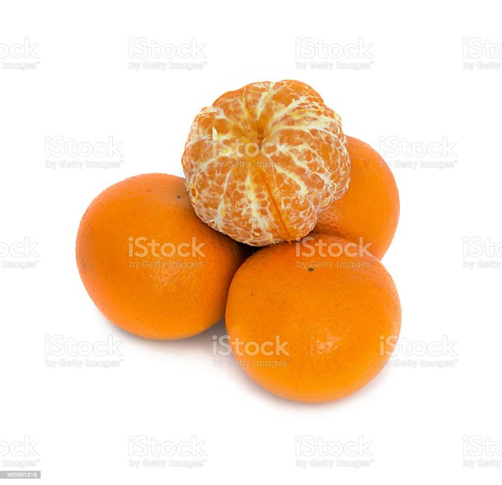 큰, 잘 익은, 밝은, 흰색 배경, 고립 된 배경에 달콤한 과일 귤. 관화 - 로열티 프리 0명 스톡 사진