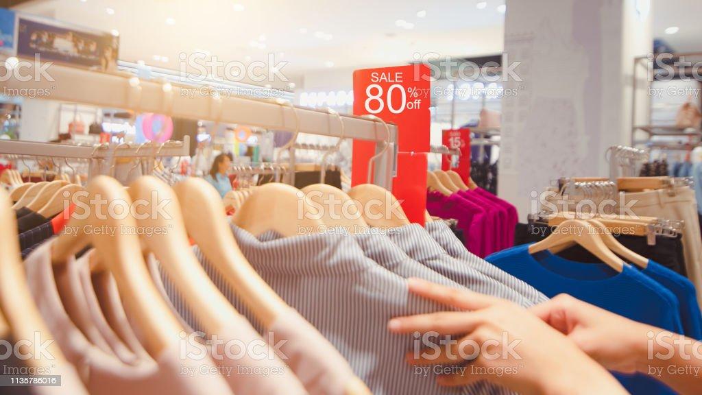 Grote verkoop tag - Royalty-free Aansteken Stockfoto
