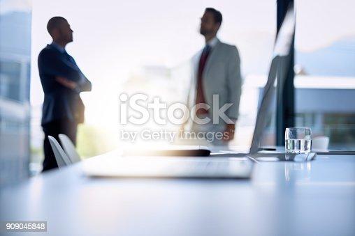 647200468 istock photo Big talk in the boardroom 909045848