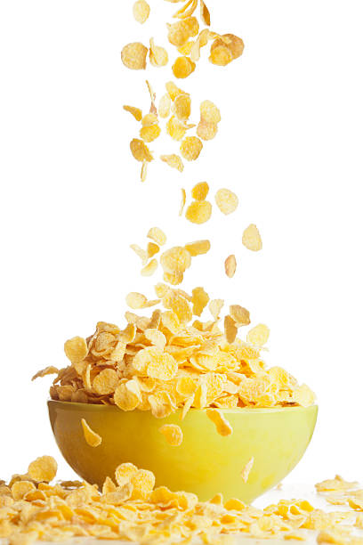 big delicioso desayuno con corn flakes (copos de maíz) - corn flakes fotografías e imágenes de stock