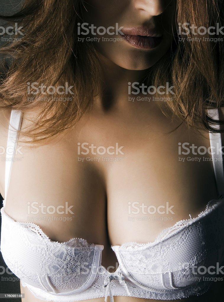 wwwbig prsia čierne ženy s veľkým péro