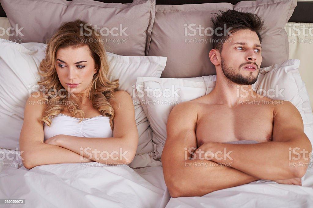 Großen Schwierigkeiten in jungen Ehe – Foto