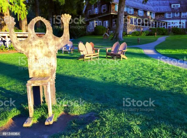 Bigfoot chair picture id691346964?b=1&k=6&m=691346964&s=612x612&h=xpvc nlvujpjvperdkpsshxpkrdhfsbjdq4sw24s2ou=