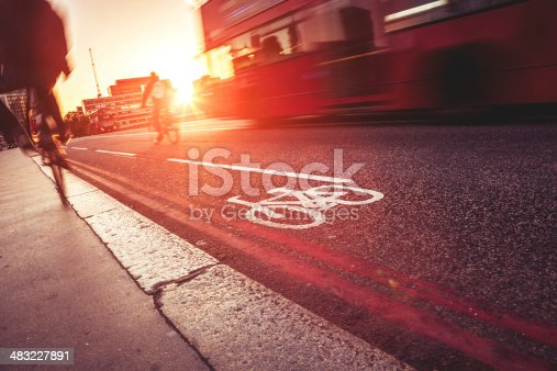 istock Bike lane in London, Westminster Bridge 483227891