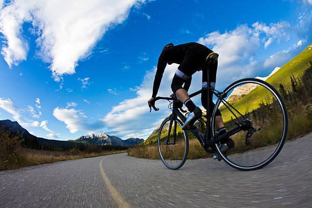 fahrradweg rider - kanada rundreise stock-fotos und bilder