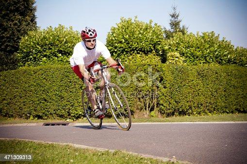 istock Bike Touring 471309313