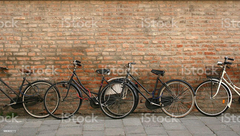 자전거 피사의 벽면 royalty-free 스톡 사진