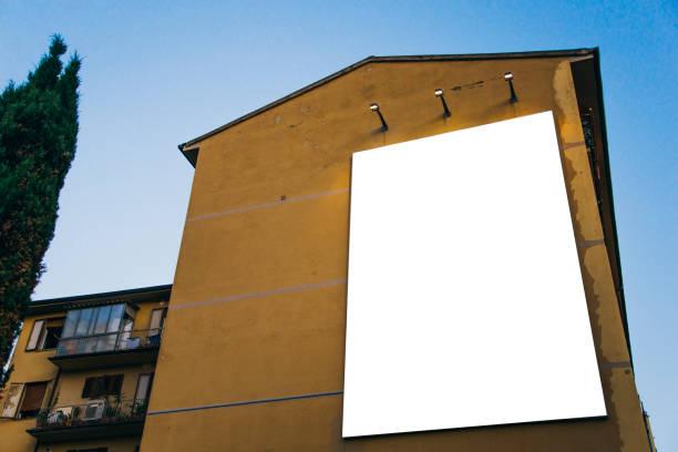 skylt på byggnaden - italy poster bildbanksfoton och bilder