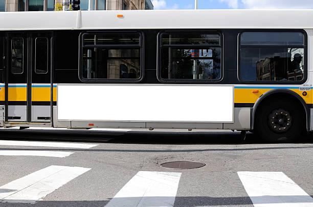 Cartelera en autobús lado - foto de stock