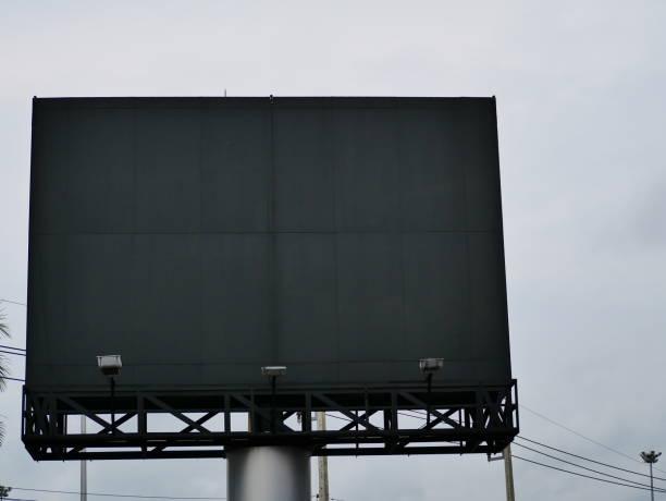 led-billboard - led uhr stock-fotos und bilder
