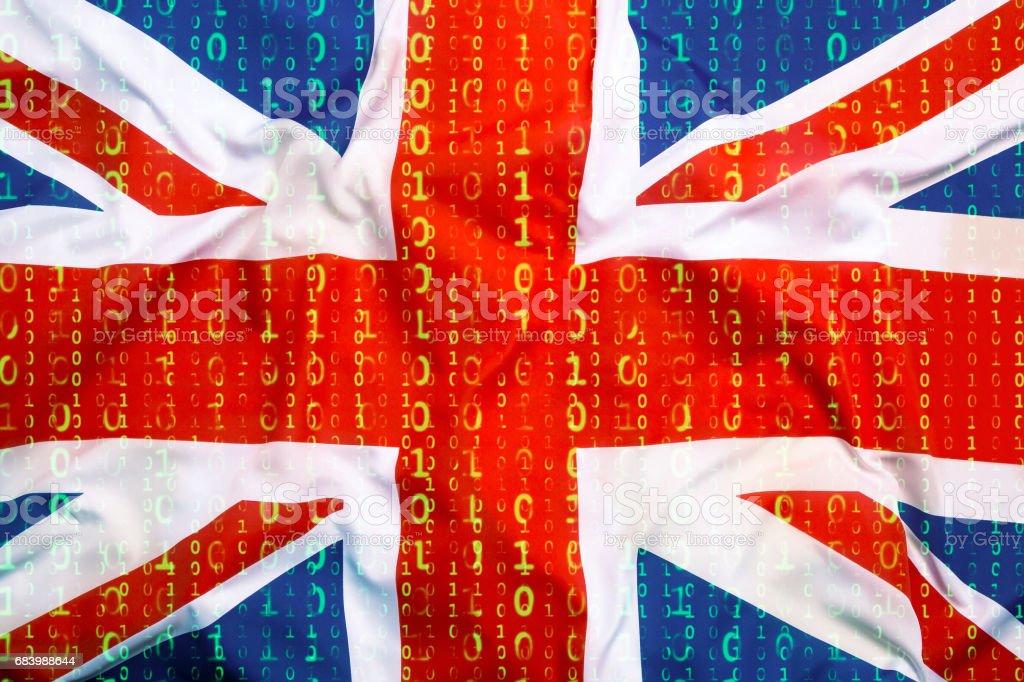 Binärcode mit Großbritannien Flagge, Datenschutzkonzept – Foto