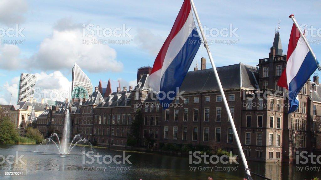 Edificio del Parlamento Binnenhof situado en la haya Holland.The Holanda Europa - foto de stock