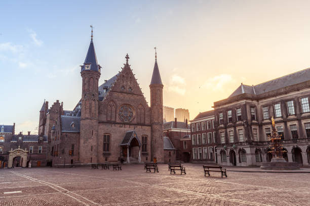 Binnenhof Binnenhof, The Hague, South Holland, Netherlands courtyard stock pictures, royalty-free photos & images