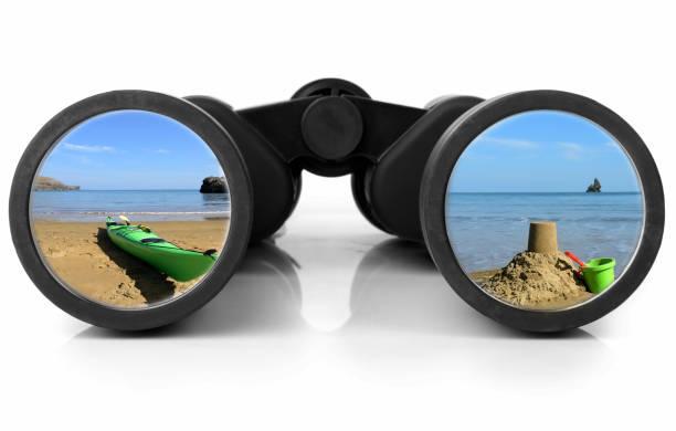 Jumelles, reflétant la plage - Photo