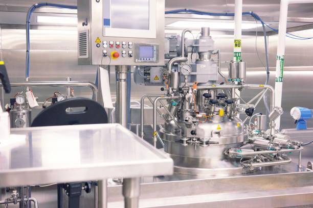 biotechnology - reattore nucleare foto e immagini stock