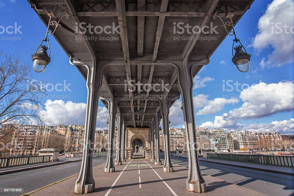 Bir Hakeim pont à Paris, en France - Photo
