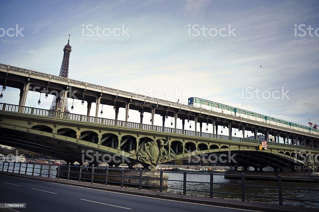 Bir Hakeim pont à Paris - Photo