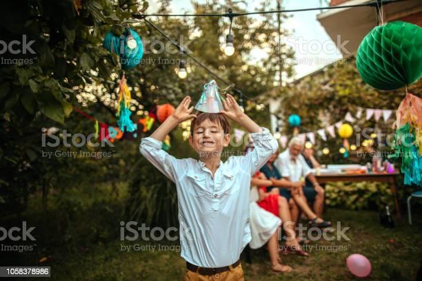 Birthday boy picture id1058378986?b=1&k=6&m=1058378986&s=612x612&h=xs16p 0cnrlwv1mfkddudiif6ibcjy4s2utqcrbrrpu=
