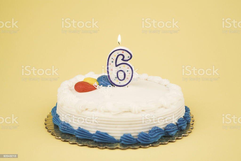 Torta Di Compleanno Numero Di Serie 6 Fotografie Stock E Altre