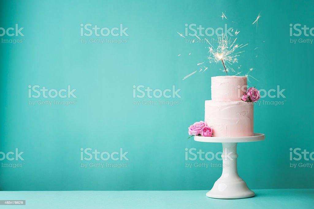 Pastel de cumpleaños - foto de stock