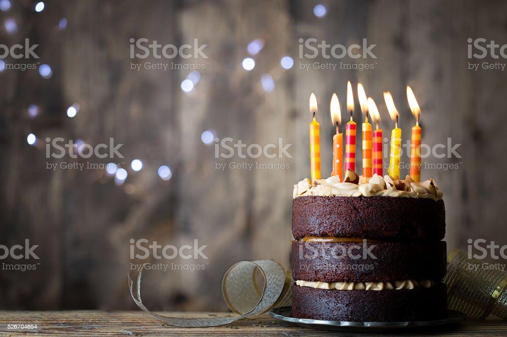 Tort Urodzinowy Stockowe Zdjęcia I Więcej Obrazów Bez Ludzi Istock