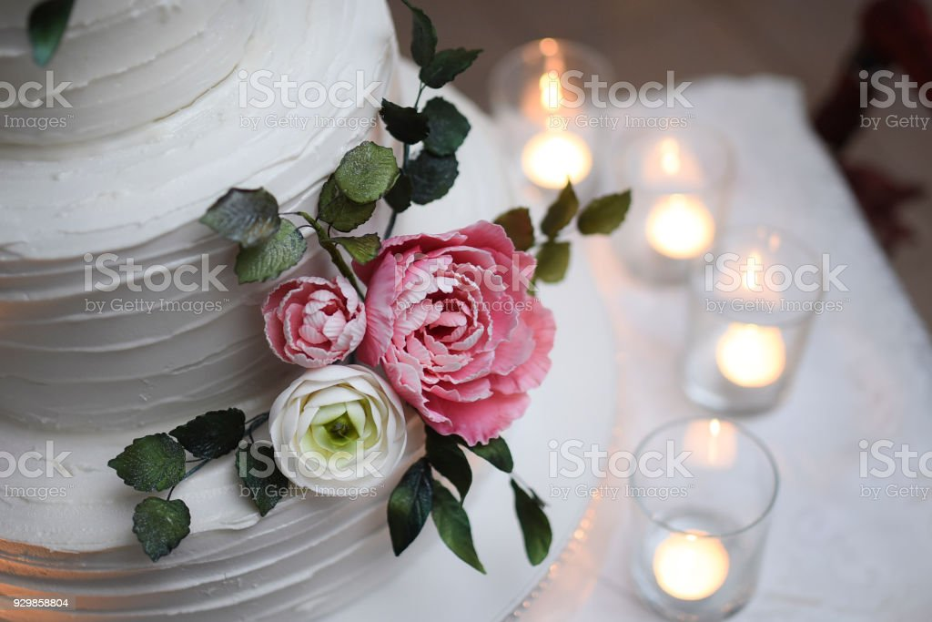 Birthday Cake Stock Photo More Pictures Of 18 19 Years Istock