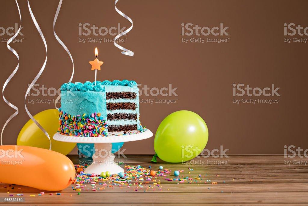 Birthday Cake With Balloons Lizenzfreies Stock Foto