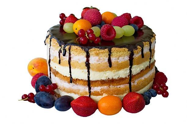 geburtstag kuchen mit schokolade und früchte isoliert auf weiß - hausgemachte hochzeitstorten stock-fotos und bilder