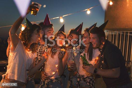 istock Birthday celebration 849313292